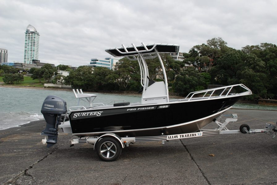 Surtees 495 Pro Fisher 2020 High Spec